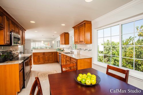 property photo-3
